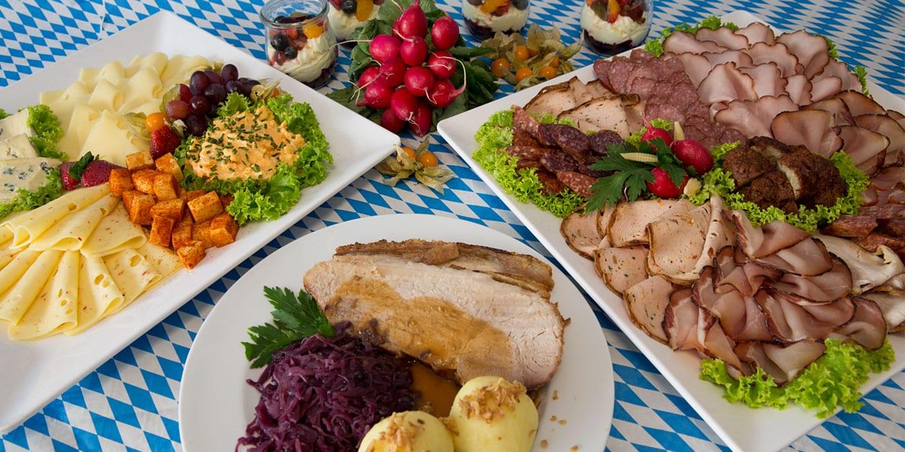 Bayerisches Spezialbuffet- verschiedene bayerische Schmankerl